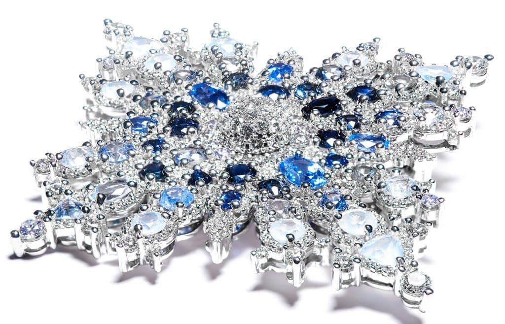 Hillberg & Berk Queen Elizabeth II Canada snowflake brooch