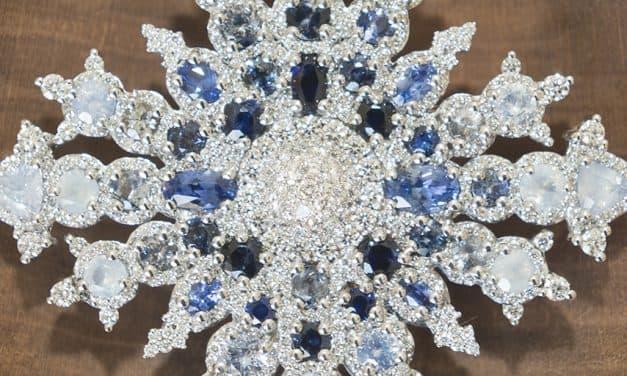 Canadian Snowflake Royal Brooch