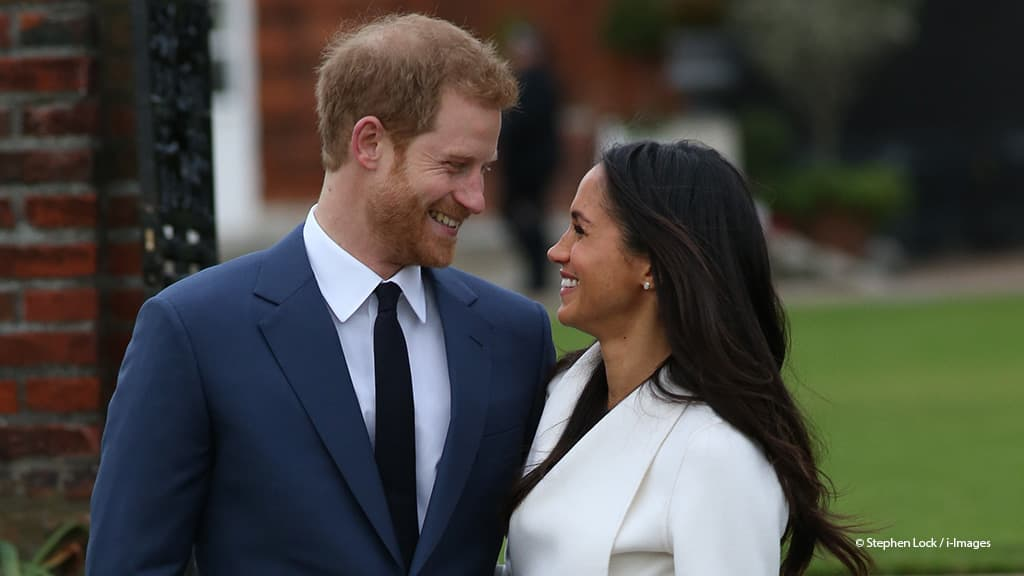 Meghan Markle Prince Harry engagement photograph Kensington Palace 2017