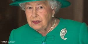 Queen Elizabeth II palm leaf royal brooch green coat London 2017 Mark Cuthbert