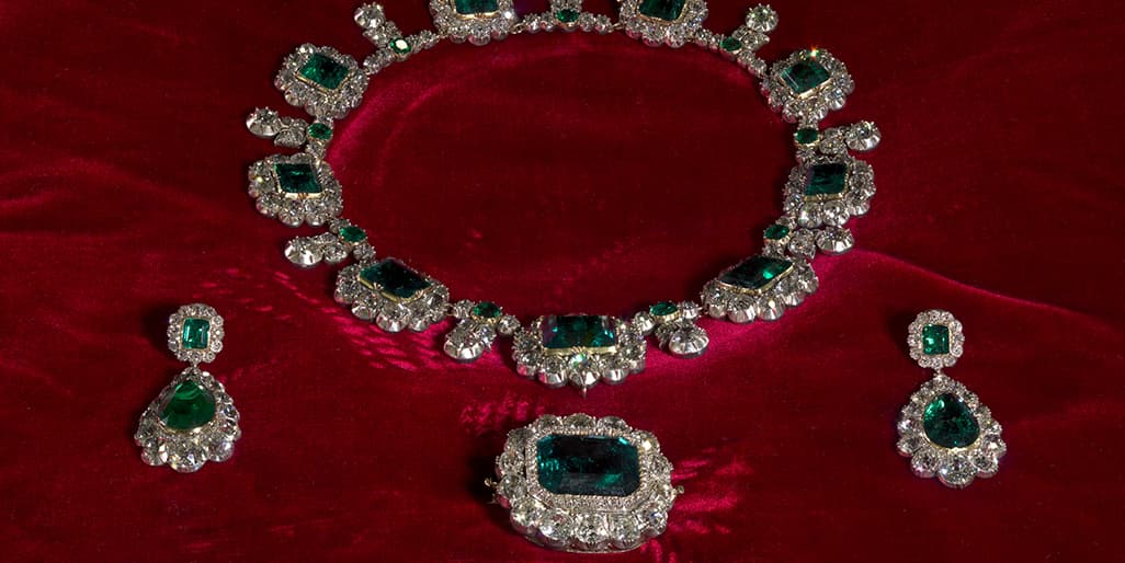 Queen Victoria's emerald-and-diamond necklace, brooch and earrings (Photo courtesy Historic Royal Palaces)